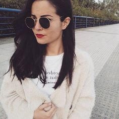 ✂✂✂ adiós melena!! #hair #ootd #sunglasses #outfit #streetstyle #sunset #haircut #happy #sweater #comfy #wathiwear