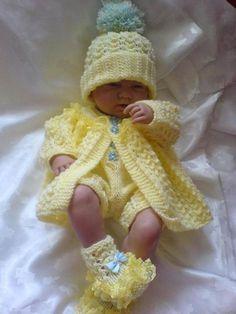 Baby Knitting Patterns Sweter No 16 Kadiejade knitting pattern Baby Knitting Patterns, Baby Cardigan Knitting Pattern, Arm Knitting, Knitting Designs, Baby Patterns, Knitting Dolls Clothes, Knitted Baby Clothes, Baby Doll Clothes, Knitted Dolls