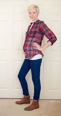 Menswear inspired plaid outfit | TheMombot.com