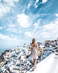 Santorini places travel, greece travel и travel pictures. Packing Tips For Travel, Travel Goals, Travel Style, Wanderlust Travel, Travel Pictures, Travel Photos, Winter Travel Outfit, Travel Clothes Women, Santorini Greece