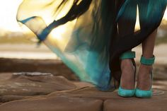 *GASP* I love EVERYTHING about this. The shoes, the maxi, the saturated colors.