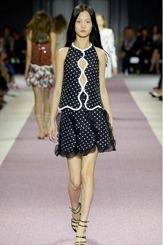 Giambattista Valli - Paris Fashion Week SS 2016