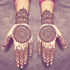 Ten Gorgeous Wedding-Day Henna Designs Henna Designs You Need To See- henna Henna Hand Designs, Eid Mehndi Designs, Indian Henna Designs, Stylish Mehndi Designs, Wedding Mehndi Designs, Wedding Henna, Mehndi Design Images, Beautiful Henna Designs, Henna Tattoo Designs