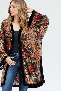 Women S Fashion Kimono Kimono Fashion, Hijab Fashion, Love Fashion, Autumn Fashion, Fashion Outfits, Womens Fashion, Mode Kimono, Kimono Jacket, Kimono Duster
