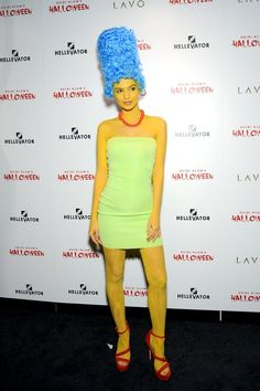 Marge Simpson Kostüm selber machen | Kostüm Idee zu Karneval, Halloween & Fasching