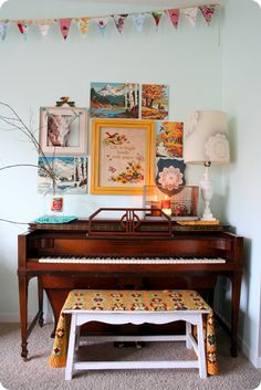 I want to have a piano like this in my house......only problem is I have NO idea how to play : )