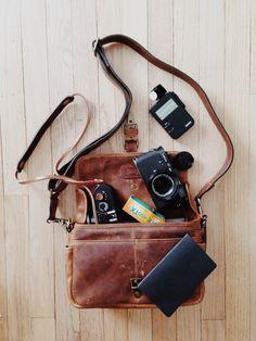 What's in my bag? Ona Bowery Leica m4-2 w/ zeiss planar 50mm f2 Artisan obscura release Sekonic light meter Kodak tri-x 400 Leica m8 w/ summicron 40mm f2 Gordys strap Artisan obscura release Field...