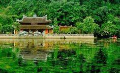 http://songhongtourist.vn/du-lich-trang-an-bai-dinh-274.html
