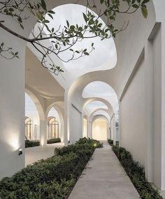Architecture Cool, Organic Architecture, White House Architecture, Open Space Architecture, Landscape Architecture Design, Design Exterior, Interior And Exterior, Dream Home Design, House Design