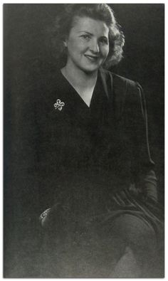 The lovely Eva Braun in 1941. This image is almost always cropped and you rarely get to see the complete photo. She changed her clothes up to five times a day when Hitler was around, though he preferred her in black (like this dress). Eva is wearing the diamond watch Hitler gave her on her 27th birthday in 1939. (via putschgirl)