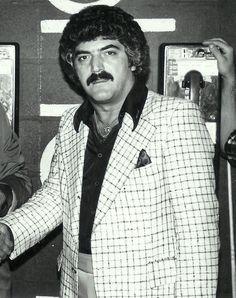 Frank Vincent, 70s Frank Vincent, Movie Stars, Blazer, Film, Acting, Movies, Jackets, Icons, Women