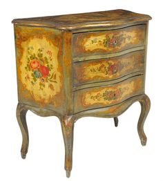 AN ANTIQUE VENETIAN ROCOCO STYLE PAINTED COMMODE 19th Century