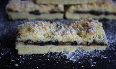 Mincemeat Streusel Slice - Mince Pies without the fuss! No rolling out & no cutting out. Delicious shortbread with a mincemeat filling & a streusel topping.