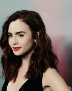 Lily Collins. Hair length.