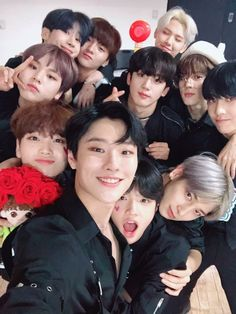 Read 57 from the story memes by kamiliaha with 9 reads. Tu Me Manques, Produce 101, Mamamoo, Quantum Leap, Thing 1, Korean Boy Bands, Kpop Guys, Twitter Update, K Idols