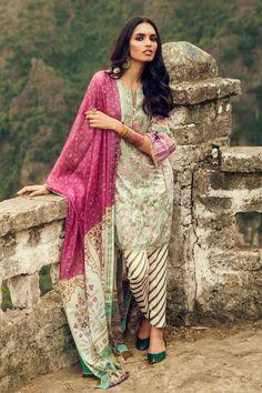 Zara Shahjahan Pakistani Designer Lawn Suits 2017 Collection Online Buy in Vermont, Massachusetts, USA. Pakistani Couture, Pakistani Bridal Wear, Pakistani Suits, Fashion 2017, Fashion Dresses, Lawn Suits, Pakistan Fashion, Pakistani Designers, Winter Dresses