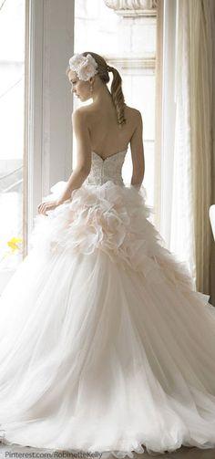 Moolight Couture Wedding Dress