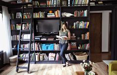 Welcome to my living room! This is easily one of my favorite rooms in our house. Black Bookcase, Bookcase Wall, Bookshelves, Bookshelf Ideas, Home Bar Rooms, Black Interior Design, Home Icon, Loft Spaces, Home Wallpaper