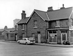 Horace Jackson betting shop, 18 Fife Street (formerly Fowler Street) and Dara Street, Low Wincobank with Arthur Lee's in the background South Yorkshire, Sheffield, Jackson, England, Cabin, History, Street, House Styles, City