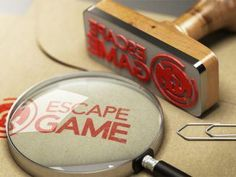 Festlekar till nyårsfest - Fira fest Room Escape Games, Escape Room, Exit Games, Whitney Houston, Donkey Kong, Van Halen, Michael Jackson, Grape Vines, Rum