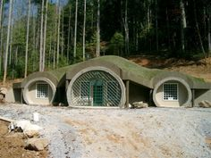 A Monolithic Dome Hobbit Home (They don't quite pull it off in my opinion, but I love the idea.)