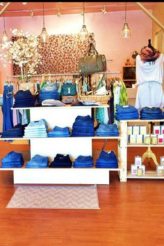 50 States of Shopping - The best boutique in every state!  My new bucket list.