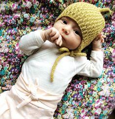 Norwegian knitting patterns – tiddelibom Ladies, thanks to knitting, you ca. Knitting Blogs, Knitting Designs, Knitting Socks, Baby Knitting, Knitting Patterns, Knitted Booties, Knitted Coat, Knitted Gloves, Norwegian Knitting