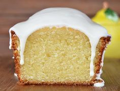 Budín de limón Computer Cake, Plum Cake, Pan Dulce, Cookies And Cream, Healthy Desserts, Love Food, Sweet Recipes, Cupcake Cakes, Bakery