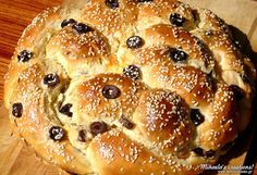 Creative Ideas and Recipes! Greek Recipes, Creative Ideas, Breads, Food, Diy Creative Ideas, Bread Rolls, Meals, Bread, Braid Out