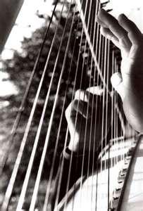 b hands on harp