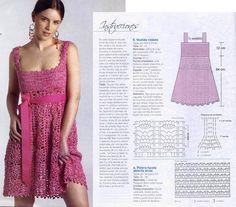 vestido rosa com grafico