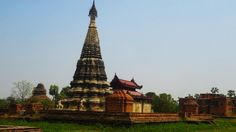 Magnifique temple sur l'île d'Inwa près de #Mandalay
