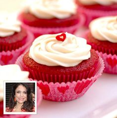 Sexy-time Dessert: Bethenny Frankel's Red Velvet Cupcakes As the saying goes, the best way to a man's heart is through his stomach! These delicious red velvet cupcakes are a sweet treat to set the mood.  Ingredients: 2 ½ cups oat flour 1 ½ cups raw sugar 1 tsp. each of baking powder, baking soda, salt, vanilla extract, white vinegar, and cocoa powder ¾ cup vegetable oil 1 cup low-fat buttermilk 2 large eggs 3 tbsp. beet juice  Directions: 1. Preheat the oven to 350 and put liners in cupcake…