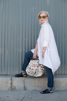 She's Hit the Wall Big architectural floaty tunic, slim jeans, bold dark sandals.Big Brother Big Brother may refer to: Mode Outfits, Jean Outfits, Fashion Outfits, Womens Fashion, Fashion Trends, Fashion Ideas, Mature Fashion, Fashion Over 50, Look Fashion