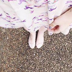 Melina Souza - Serendipity <3  http://melinasouza.com/2015/02/25/plum-lovely-lady-violet-snowy-head/  Flats: Tutu Ateliê de sapatilhas- Brazil Dress: Farm  #Tattoo  #shoes  #Unicorns