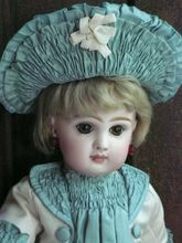 Fully Marked early tete Jumeau size 6