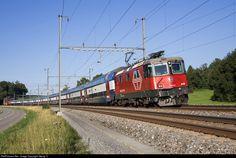 Net Photo: 421 394 SBB Re 421 at Altenburg, Germany by Urs Diener Diesel, Nuclear Energy, Swiss Railways, Train Journey, Train Travel, Futuristic, Germany, Europe, Trains