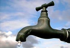 Water Conservation Tips and Why We Should Be Conserving Our Water Supply! From Small Footprint Family Home Irrigation Systems, Drip Irrigation, Gallon Of Water, Rainwater Harvesting, Water Well, Water Conservation, Save Water, Water Tap, Water Supply