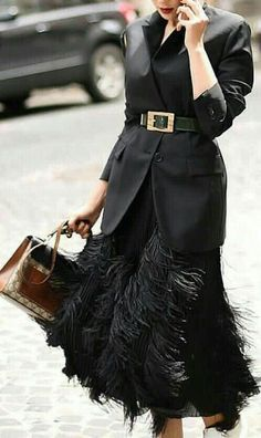 New Fashion Week Winter 2019 Street Style Ideas Fashion Mode, Look Fashion, Winter Fashion, Fashion Outfits, Fashion Design, Fashion Trends, Dress Fashion, Street Fashion, Trendy Fashion