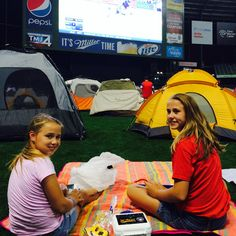 Shout-out to all of the Field of Sweet Dreams campers spending the night at Miller Park! #Brewers
