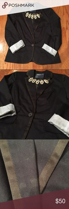 America Eagle Navy & Black Blazer Beautiful Navy&Black Blazer. Great for a preppy look or business look - minor stain on the front (See pic 3) - Smoke free home American Eagle Outfitters Jackets & Coats Blazers