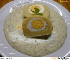 Bramborový knedlík plněný vejcem s koprovou omáčkou Dumplings, Hummus, Eggs, Breakfast, Ethnic Recipes, Czech Food, Morning Coffee, Recipes, Egg