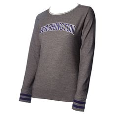 This lightweight women's crewneck from Under Armour has a throwback look, with embroidered jersey stripes on the sleeve cuffs