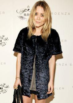 mary kate o. Mary Kate Ashley, Mary Kate Olsen, Elizabeth Olsen, Olsen Twins Style, Olsen Sister, Ashley Olsen, Girl Crushes, Style Icons, Celebrity Style