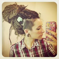 Magnificent Love These Dreads Shaved Side Yessss Dread Mohawk Hairstyles For Women Draintrainus