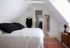 Eklektisk stil i sommerhuset - Sommerens råeste feriehus - Bo-Bedre.no
