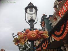 """Halloween 2013 à Disneyland Paris : la renaissance ? """"Let's celebrate the harvest !"""" (avec en bonus Jake et Princesse Sofia aux Walt Disney Studios). #Halloween #Halloween2013 #Disneylandparis #SofiaTheFirst @Disney FR @Disneyland Paris"""