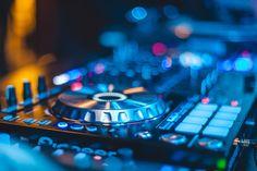 Dj mixing console music pioneer