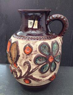 German Pottery Bay WGP . West German Vase Bay Keramik Brown Flowers retro With Handle, German Pottery . Cottage chic de la boutique LaMachineaBrocantes sur Etsy