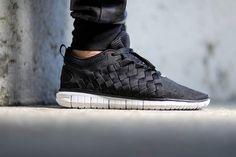Nike Free OG 14 Woven: Black